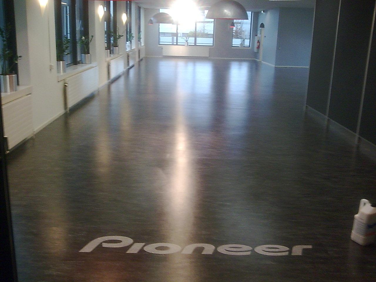 Oude linoleum vloer opknappen